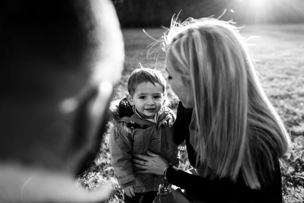photo de famille à Nandy 77176 noir et blanc