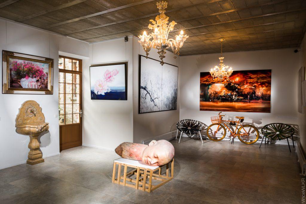 oeuvre d'art dans une galerie à Barbizon