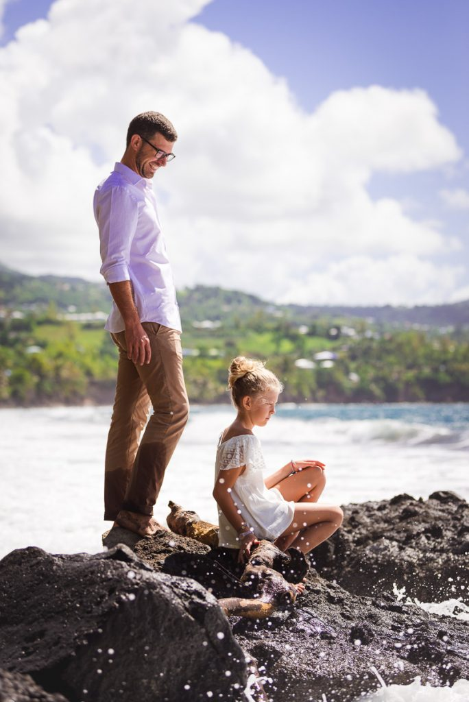 photo de famille sur la plage Trois-Rivière (Guadeloupe)